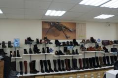 Внутреннее оформление магазина реализовано за счет имиджей на холсте и комплекта POS материалов